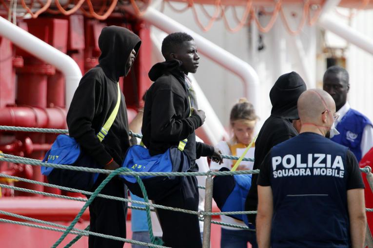 Crise migratoire : La Sicile veut transférer tous les migrants présents sur son sol dans les vingt-quatre heures