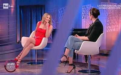 Roberta Capua conduttrice tv la vita in diretta estate 2021