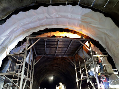 tunnel waterproofing methods,tunnel waterproofing construction method,tunnel waterproofing systems,tunnel waterproofing