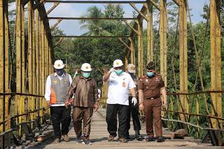 Pembangunan Jembatan Cibuni Dimulai, Begini Harapan Bupati Sukabumi