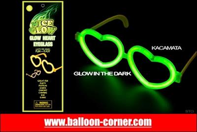 Glow Heart Eyeglass / Kacamata Hati Fosfor