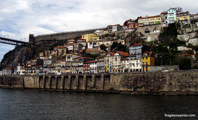 Muralha Fernandina (medieval) do Porto, Portugal
