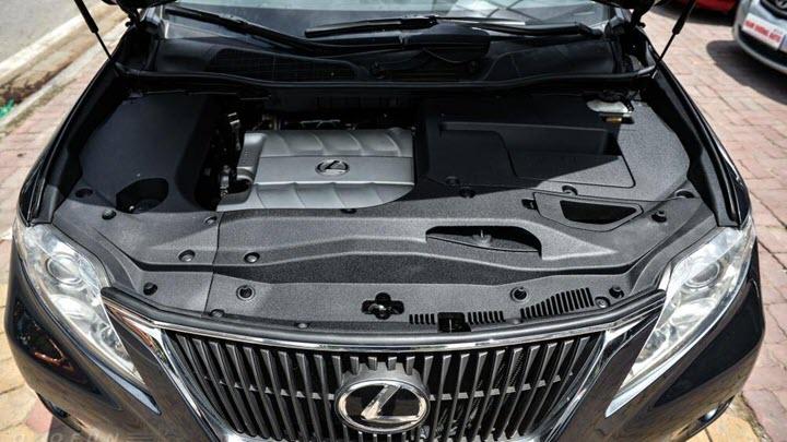 Lexus RX 350 đời 2009 giá bán ngang ngửa Hyundai SantaFe mới, có nên mua?