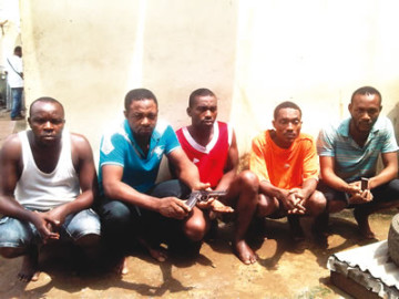 This is the Nigerian armed robbers who steal cars in Lagos by causing accidents.