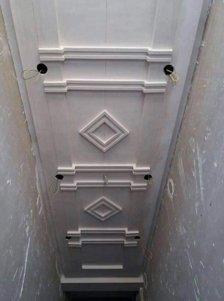 ديكورات جبس أسقف معلقة للمداخل