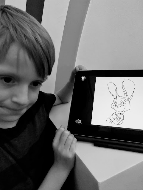 guided cartooning on Microsoft Surface Go #GoImagine