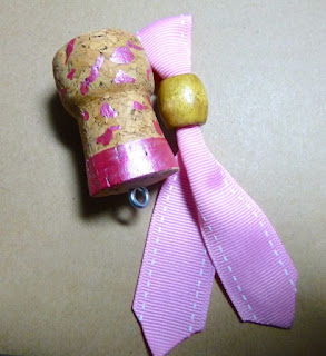 Breast cancer awareness key chain