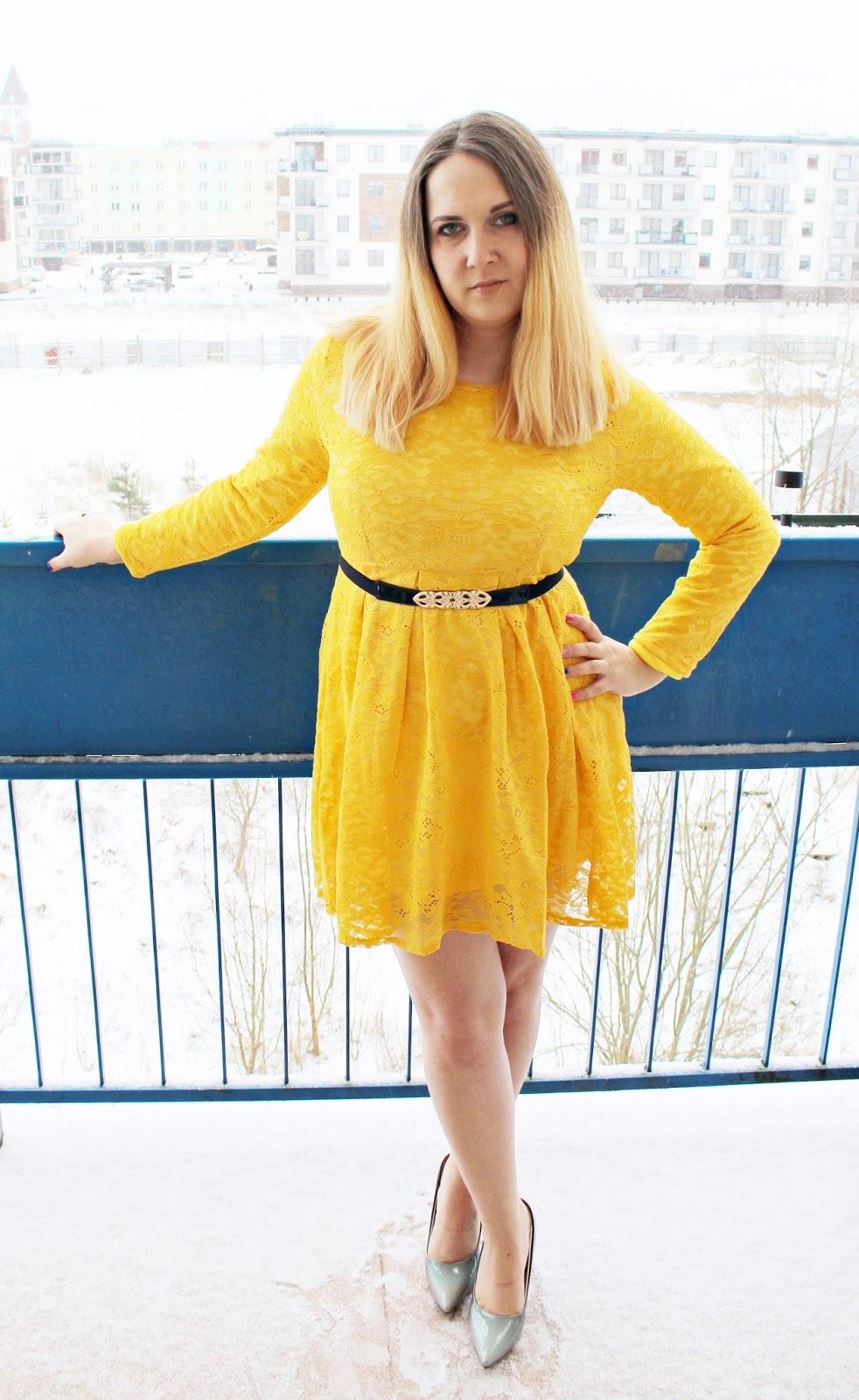 Kanarkowa sukienka i szpilki ombre - GAMISS