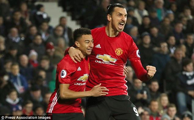 Manchester United lepaskan Zlatan Ibrahimovic