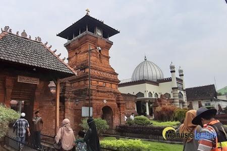 Sejarah Masjid Menara Kudus, Simbol Toleransi Kota Kretek