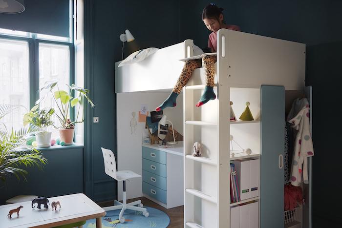 cama compacta con escritorio y mueble