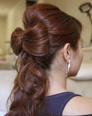 Simple-and-stylish-hairstyles-for-bridesmaids-for-long-hair-13
