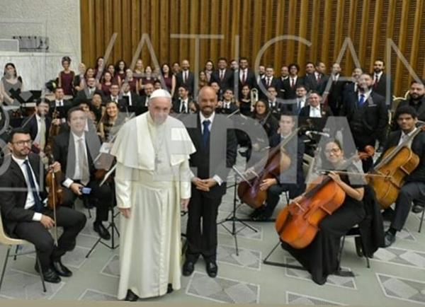 Apresentação da Orquestra da UFRN ao Papa emociona público no Vaticano