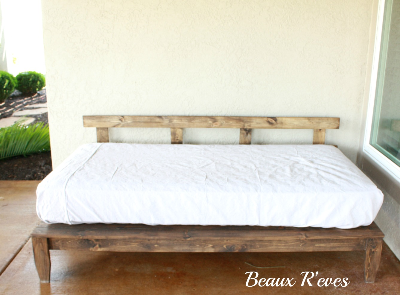 Beaux R Eves Outdoor Daybed