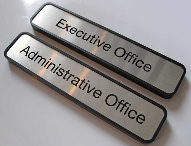 importance business signage value small business office signs