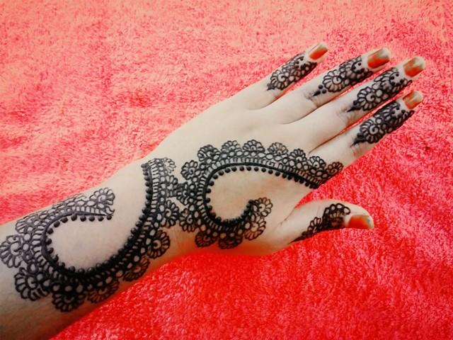 Henna Mehndi New Design : Cool henna mehndi designs latest images makedes