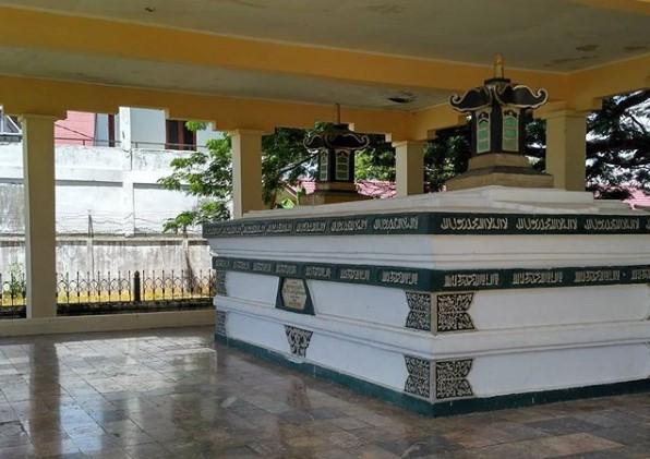 Makam Iskandar Muda