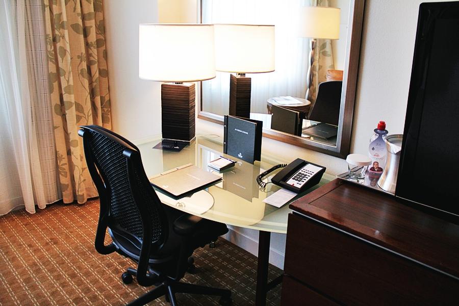 schreibtisch hotel reisen
