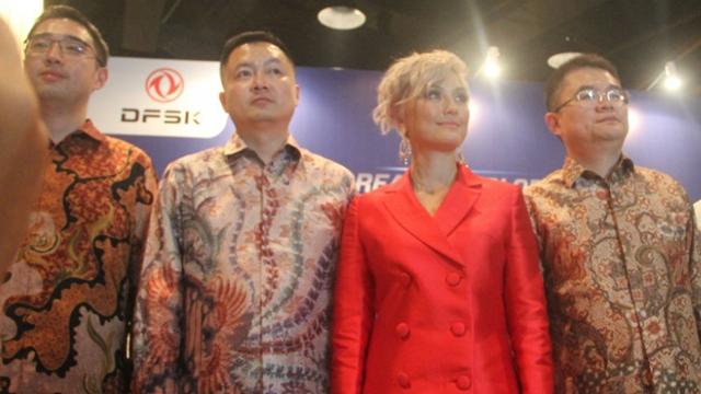 Mengaku Berdarah China-Jerman, Aktivis Tionghoa Sebut Agnez Mo Kacang Lupa Kulit