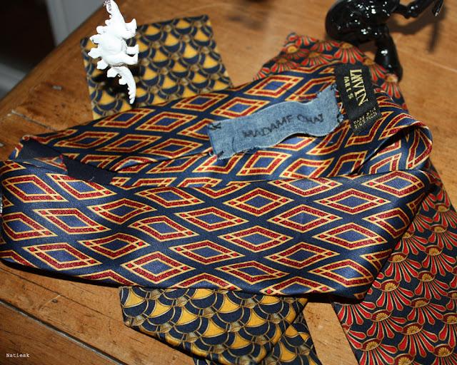 Jean-Clode coiffes réalisées à partir de cravates chinées