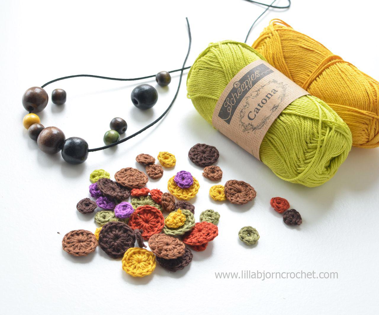 Wip of a crochet necklace - Catona yarn by Scheepjes