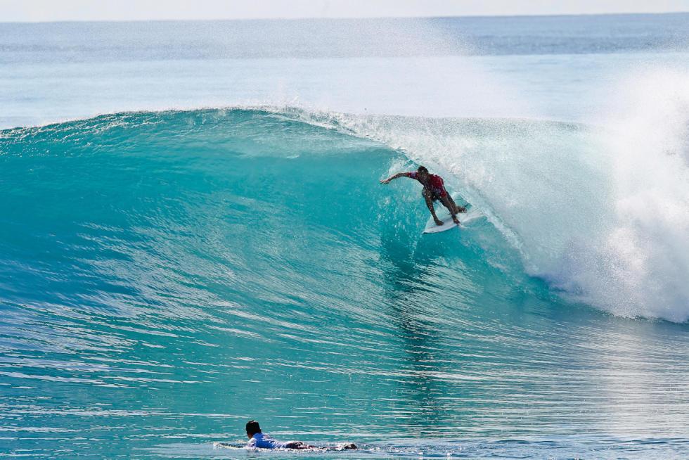 23 Jacob Willcox Mentawai Rip Curl Pro foto WSL