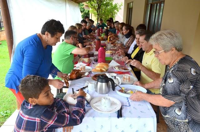 Tradição ucraniana se mantém viva em Roncador