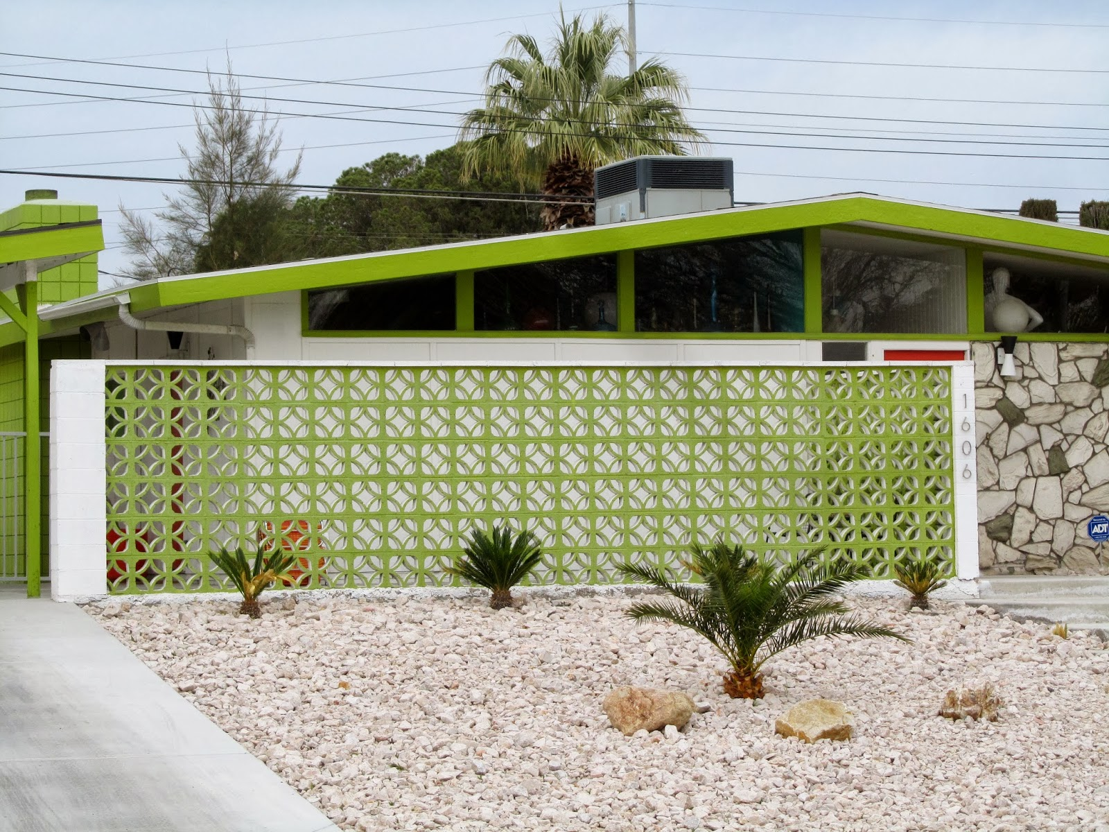 Full Decorative Concrete Screen Block Wall Found In Unit 1. For Those That  Have Lived In Paradise Palms A Few Years, Youu0027ll Remember That This Wall Is  ...