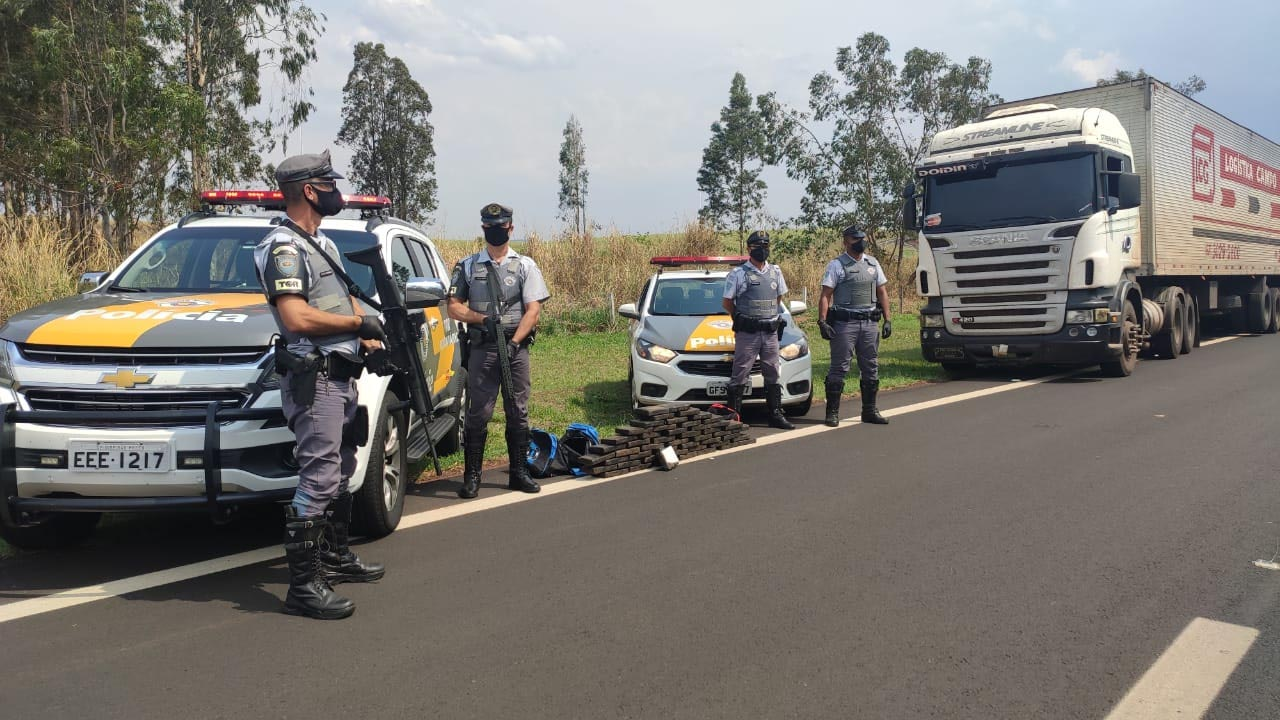 2º Batalhão Rodoviário apreende mais de 55 quilos de cocaína em Ourinhos