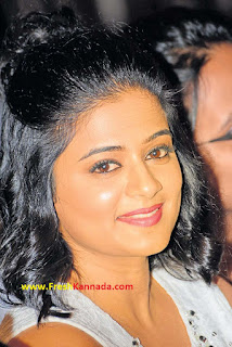 priyamani kannada actress