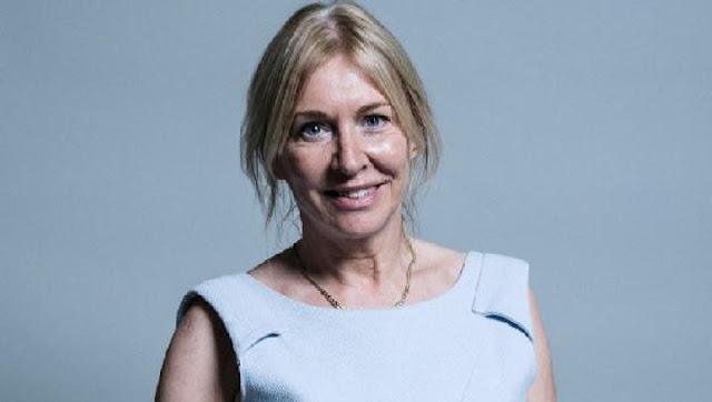 Menteri Kesehatan Inggris Nadine Dorries Positif Virus Corona