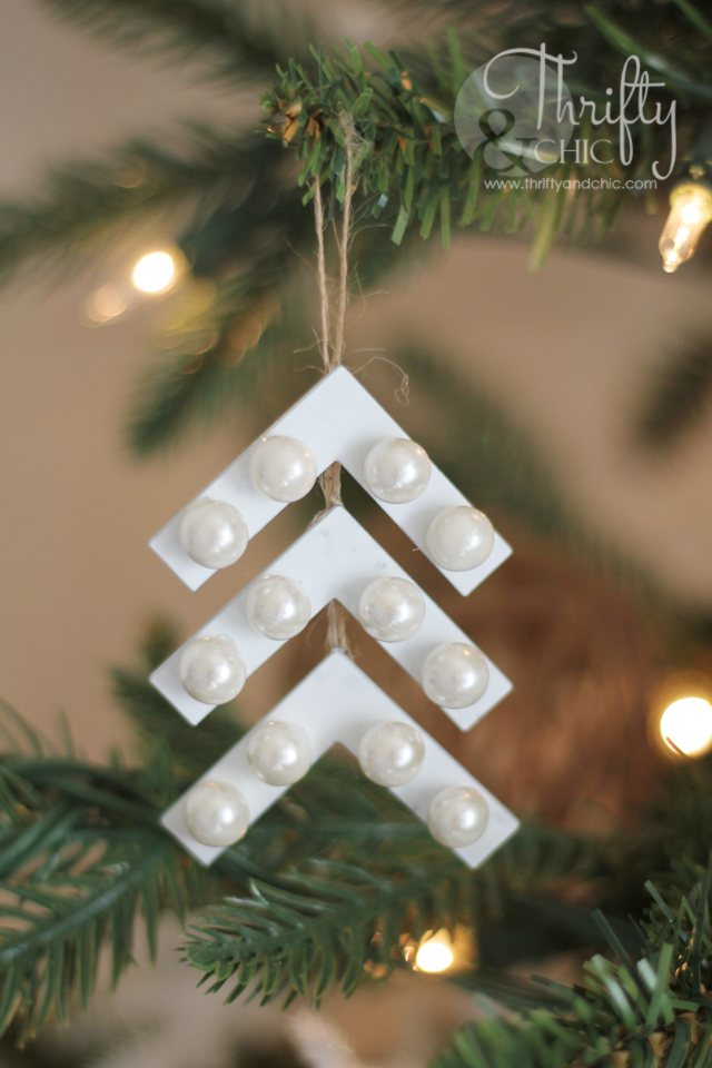 Thrifty and chic diy projects and home decor for Home hardware christmas decorations