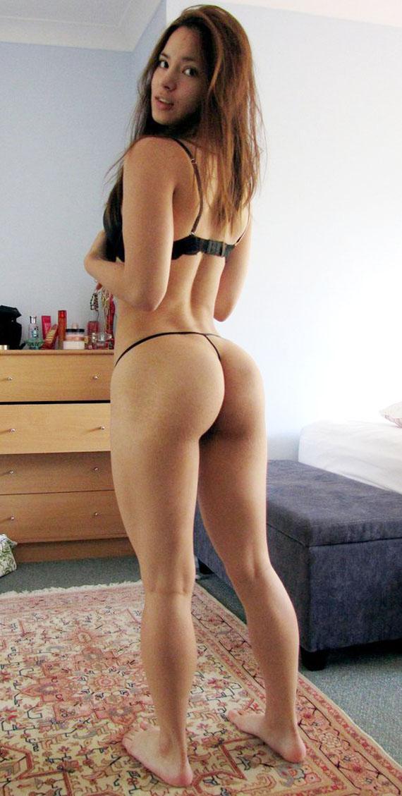Sexy Hot Bikini Girl Ass Showing Porn Image