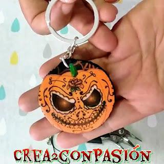 llavero-ideas-diy-para-halloween-con-decoupage-crea2-con-pasion