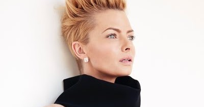 Jaime Pressly Feet Baby Age Family Husband Parents Twin House