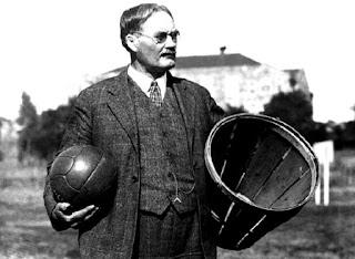 Dr. James Naismith, Sejarah Pembuatan Bola Basket,  sejarah basket, sejarah basket lengkap, sejarah tentang bola basket, sejarah tentang bola basket,  sejarah singkat bola basket, sejarah basket,
