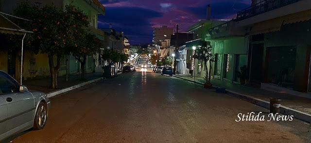 Στα σκοτάδια η οδός Μητροπόλεως