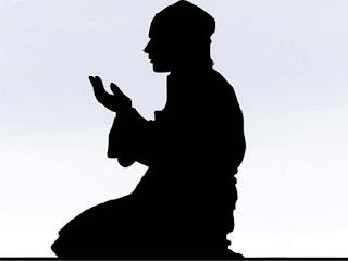 10 Gambar Sedang Berdoa