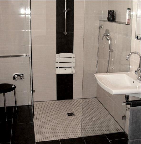 Behindertengerechte Dusche