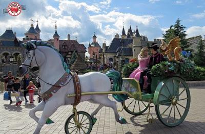 Disneyland Paris - Cabalgata