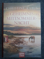 https://www.amazon.de/Geheimnis-Mittsommernacht-Norwegenroman-Christine-Kabus/dp/3404174038