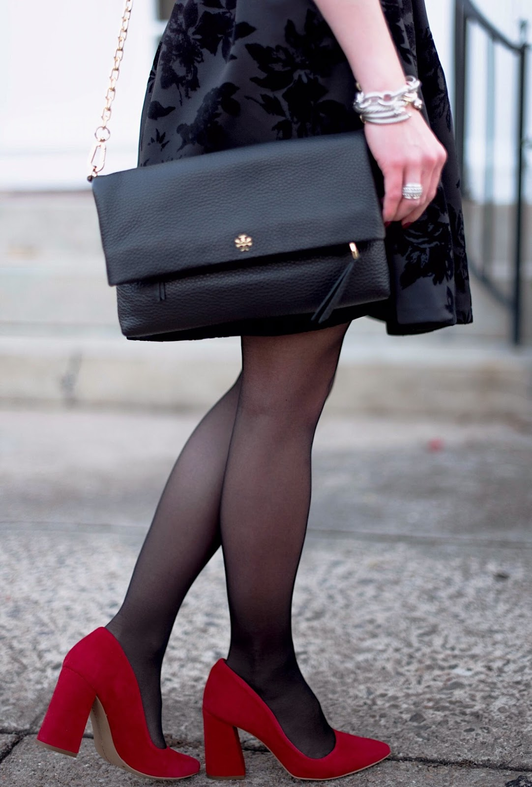 Holiday Style: Black & Red - Something Delightful Blog