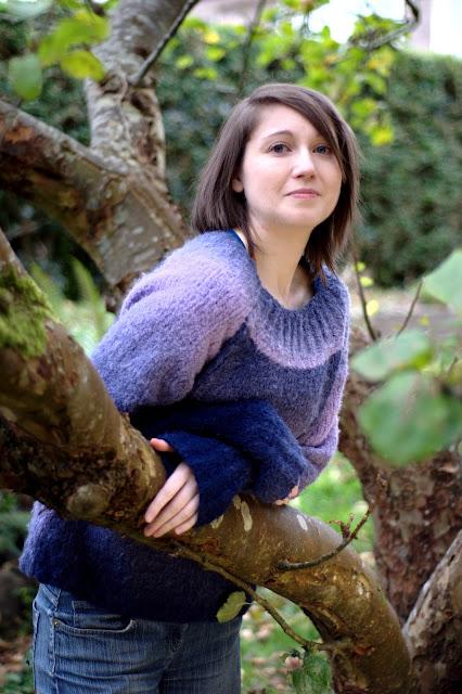 Hand Knit Sirdar Yo-Yo yarn Jumper/sweater Pattern 9082