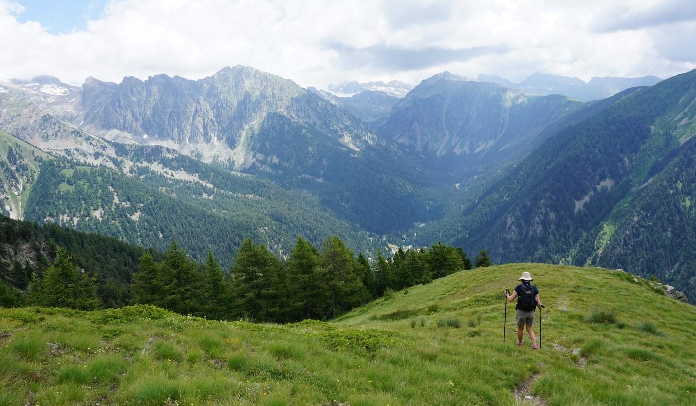 Trail above the Vallon du Champet Boréon