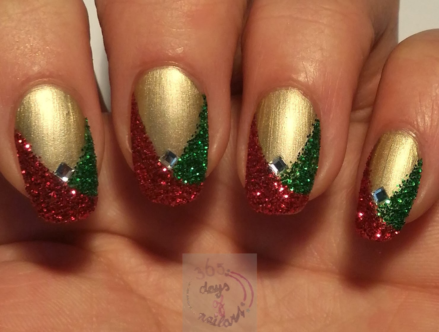 365+ days of nail art: Day 349) Easy Christmas nails