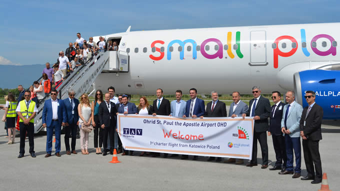 First charter flight carrying Polish tourists landed in Ohrid
