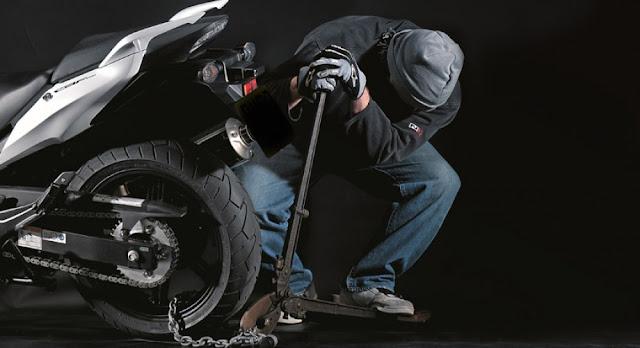 Σύλληψη 37χρονου στο Άργος για κλοπή μοτοσικλέτας και κατοχή ναρκωτικών χαπιών