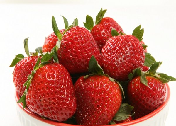 Benefits of strawberries for pregnant in the ninth month