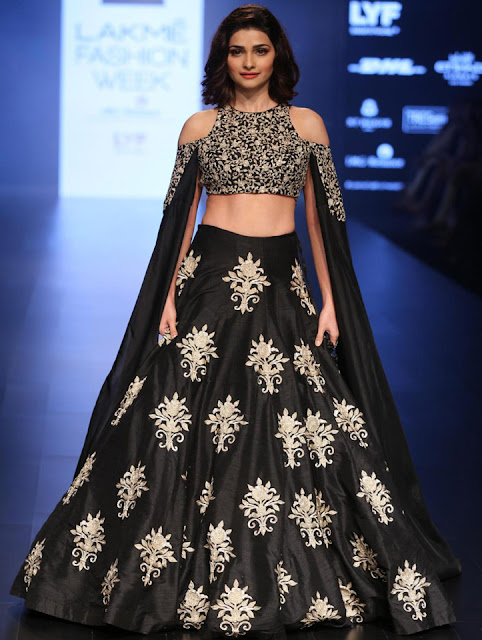 Prachi desai lakme fashion week