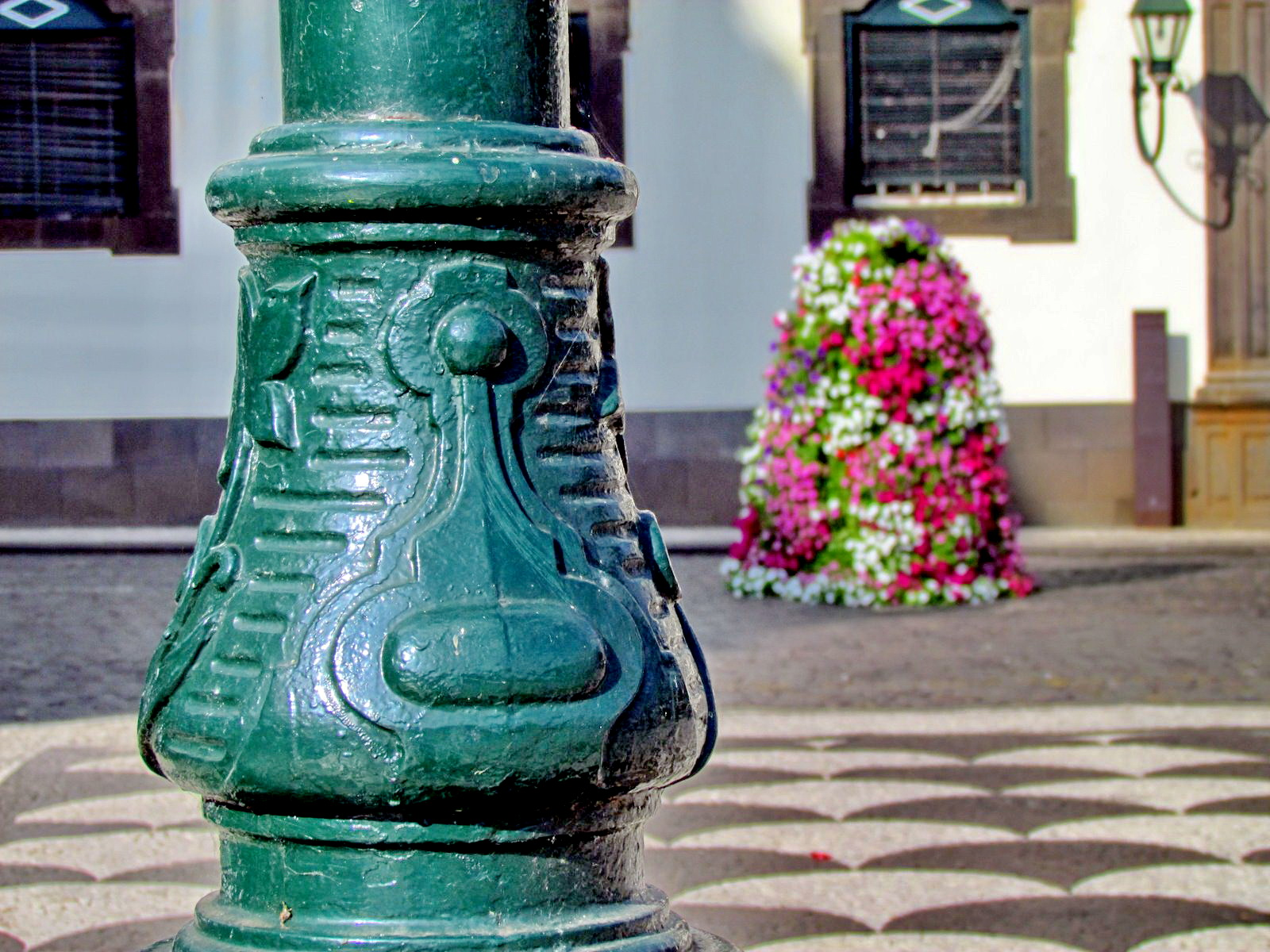 a detail in Praça do Município